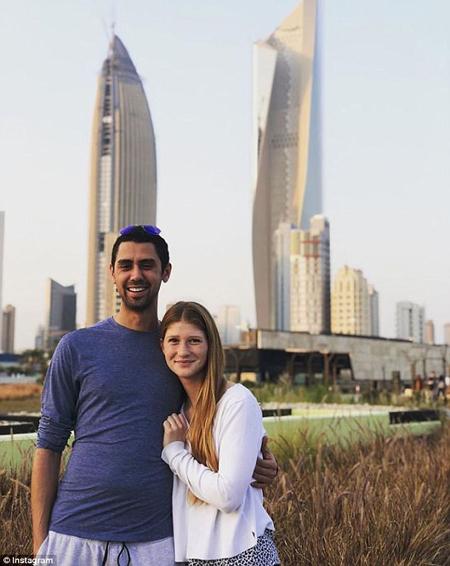 Cuối năm 2017, cô tới Kuwait, nơi bạn trai sinh ra và lớn lên. Ba ngày tuyệt vời ở Kuwait với người mà tôi yêu thương, con gái đầu của tỷ phú Bill Gates chia sẻ hôm 19/12/2017.