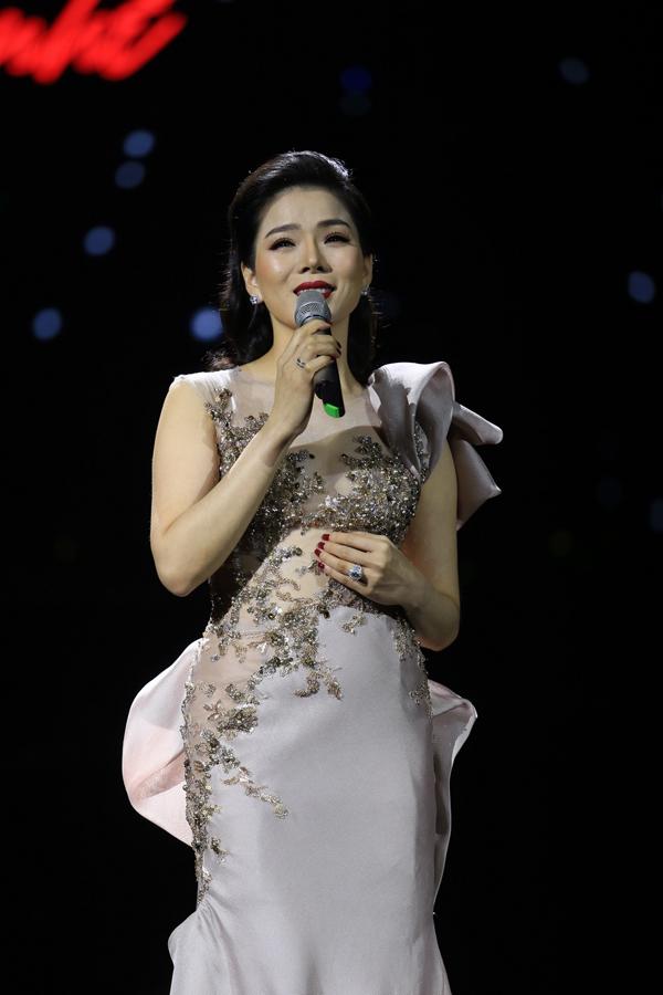 Lệ Quyên chia sẻ cô từng hát nhạc Trịnh từ những ngày tháng đầu tiên đi hát cách đây 20 năm với số tiền cát-xê ít ỏi. Tuy nhiên, bây giờ cô mới quyết định làm liveshow và ra album với các sáng tác của người nghệ sĩ tài hoa. Sau 20 năm chắt lọc cảm xúc đong đầy trong những dòng nhạc khác nhau, tôicảm nhận rất sâu rằng đây là thời điểm mình hát nhạc Trịnh hay nhất, Lệ Quyên nói.