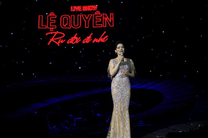 Tối 18/1, liveshow Ru đời đi nhé của ca sĩ Lệ Quyên diễn ra tại Hà Nội. Đây là lần đầu tiên nữ ca sĩ hát các nhạc phẩmTrịnh Công Sơn trong đêm nhạc riêng của mình. Trước đó, ngày 15/1, cô đã cho ra mắt album nhạc Trịnh tại TP HCM.