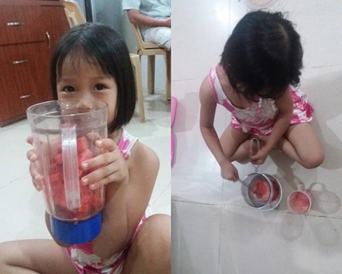 Sinh tố dưa hấu là món tráng miệng Sâu thích nhất, nhưng đây là lần đầu, bé được tự tay làm. Con gái chị Ánh Hoa giúp mẹ bỏ những miếng dưa cắt lát vào cối xay, sau đó bé nhận nhiệm vụ lọc bỏ bã dưa hấu.