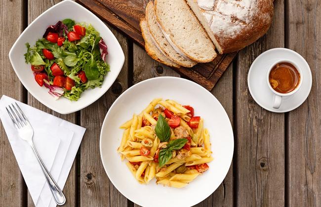 Bữa trưa trên thế giới thường gồm những món ăn như thế nào - 4