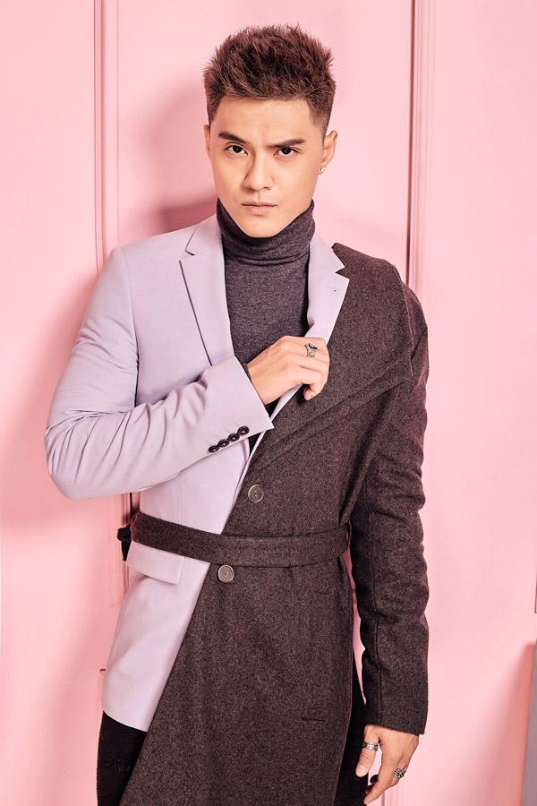 Gần đây Lâm Vinh Hải chăm chút hình ảnh hơn. Anh chịu khó cập nhật các xu hướng thời trang mới để ăn mặc đẹp, chỉn chukhi xuất hiện trước công chúng.