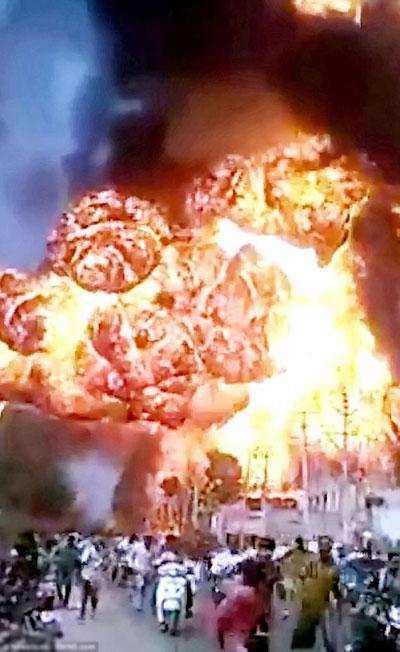 Trạm xăng nổ tung vì bị trộm rút ruột thùng xăng rồi lấy que hàn - 1