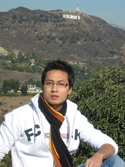 Anh Lâm có khoảng thời gian dài sinh sống, học tập và làm việc tại nước ngoài.