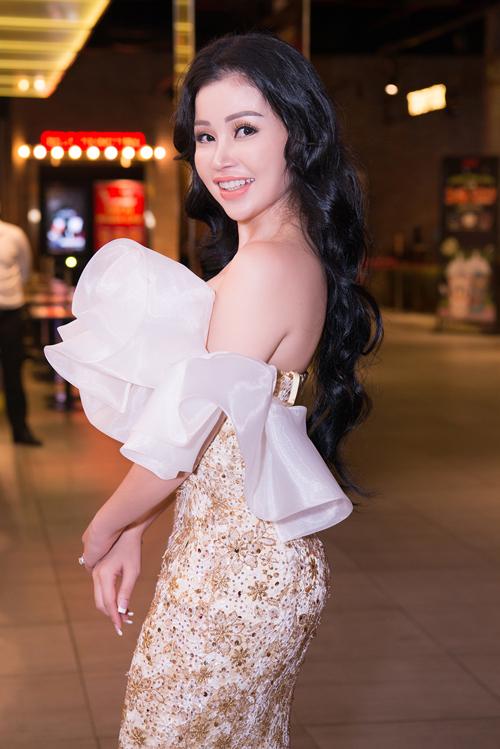 Janny Thủy Trần ra mắt MV kết hợp Tăng Nhật Tuệ và Adam Lâm - 1