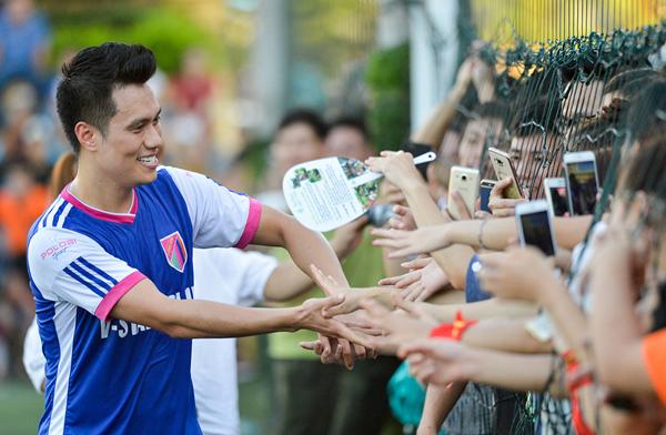 Diễn viên Việt Anh rất tự hào vì các cầu thủ U23 đã làm lên lịch sử của bóng đá Việt Nam.