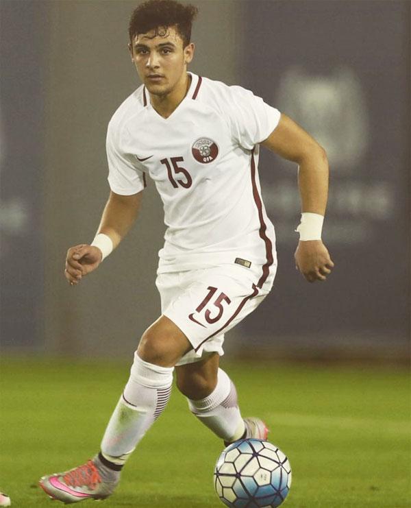 Giới truyền thông Qatar đánh giá cao tài năng của hậu vệ trẻ có gương mặt thư sinh.