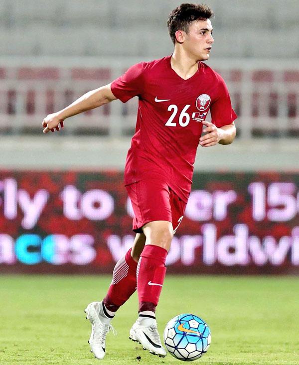Chơi ở vị trí hậu vệ nhưng Bassam al-Rawi hâm mộ C. Ronaldo.