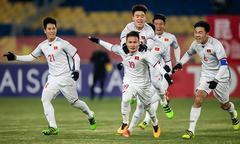 Siêu phẩm gỡ hòa 2-2 của Quang Hải khiến U23 Qatar chết lặng