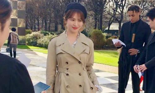 Song Hye Kyo khoe sắc rạng rỡ tại Tuần lễ Thời trang Paris
