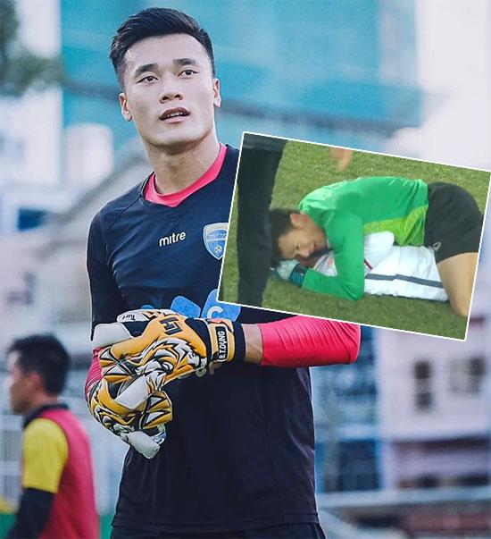 Khoảnh khắc thủ môn Bùi Tiến Dũng nằm đè lên đồng đội ăn mừng đốn tim fan nữ
