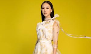 Lê Thanh Hòa mang sắc mai vàng vào bộ sưu tập mùa xuân