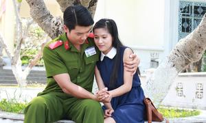 Trương Nam Thành tình tứ với bạn gái Johnny Trí Nguyễn trong phim mới