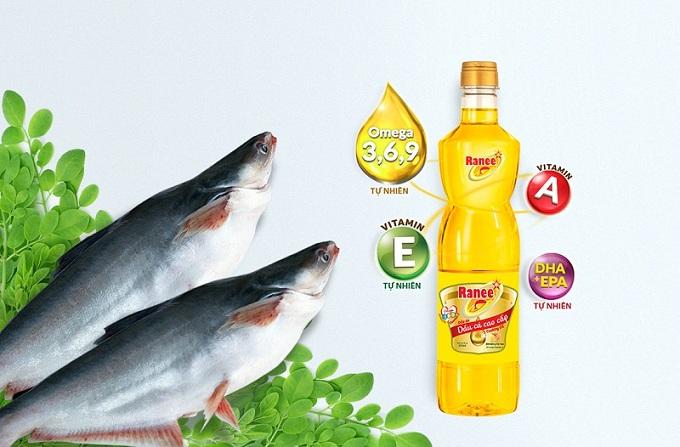 Tăng cường các thực phẩm tự nhiên tốt cho mắt và sử dụng dầu ănRanee chiết xuấttừ cálà bí quyết để có một đôi mắt sáng, khỏe.