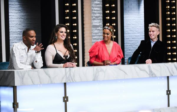 8. Giám khảo Americas Next Top Model: Ashley được mời ngồi ghế nóng chấm điểm và hướng dẫn cho các thí sinh mùa thứ 23. Cô được khán giả yêu mến và truyền cảm hứng cho các người mẫu trẻ. Đầu năm nay, người đẹp 30 tuổi trở lại vị trí này lần nữa.