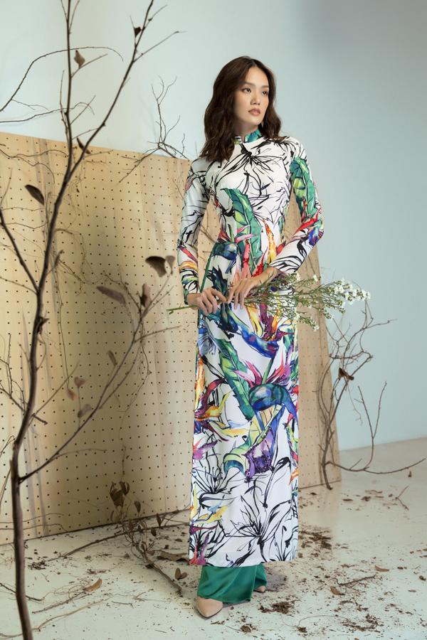 Từ chính nhu cầu ăn mặc của phái đẹp ở mùa lễ Tết, các nhà thiết kế Việt đã không ngừng sáng tạo để mang tới nhiều bộ sưu tập mới.