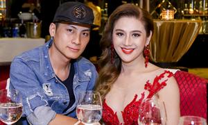 Lâm Khánh Chi mặc sexy đi tiệc cùng chồng trẻ