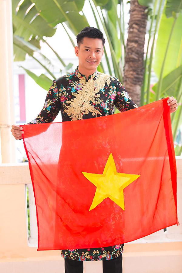 Hoa hậu HHen Niê hội ngộ siêu mẫu Hồ Đức Vĩnh - 4