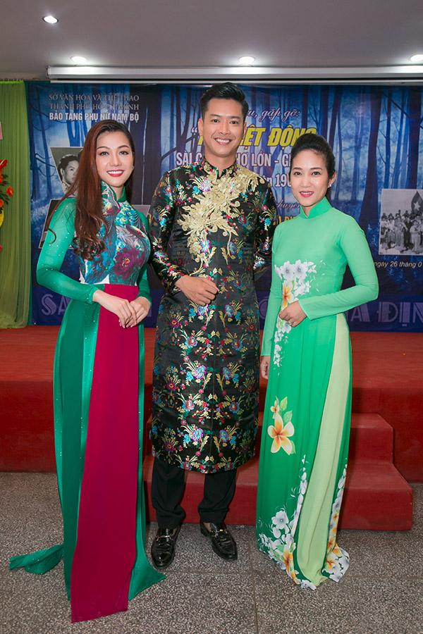 Hoa hậu HHen Niê hội ngộ siêu mẫu Hồ Đức Vĩnh - 9
