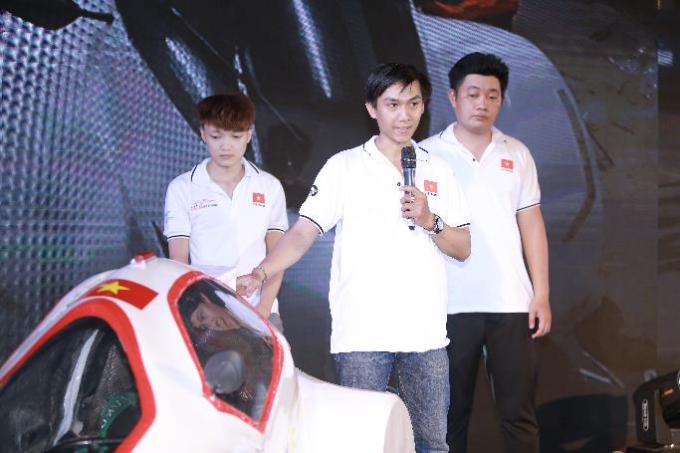 Trong ngày hội, các đội sinh viên chiến thắngsẽ đại diện Việt Nam tranh tài trong cuộc đua Chế tạo xe tiết kiệm nhiên liệu Shell Eco-marathon ở Singapore vào tháng 3 sắp tới.