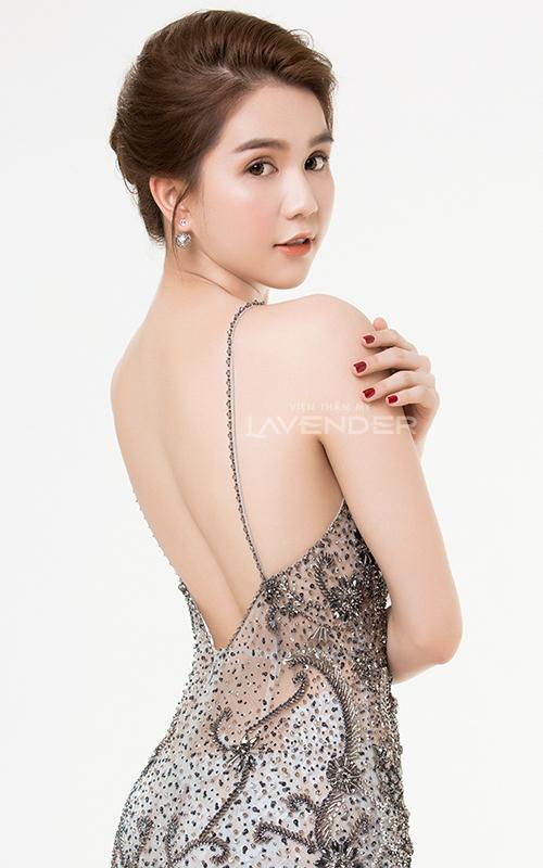 Ngọc Trinh cho biết sẽ cố gắng chăm sóc bản thânđể ngày một đẹp hơn, duy trì phong độ nhan sắc vànổi bật trong năm 2018.
