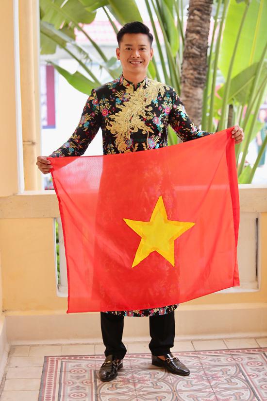 HHen Niê hy vọng may mắn, Ngọc Trinh gửi nghìn nụ hôn tới U23 Việt Nam trước chung kết - 5
