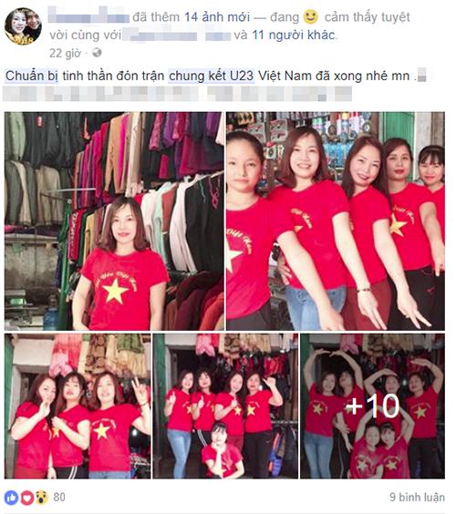 Các chị em chuẩn bị áo chuẩn bị sẵn áo cờ đỏ sao vàng để đón trận chung kết.