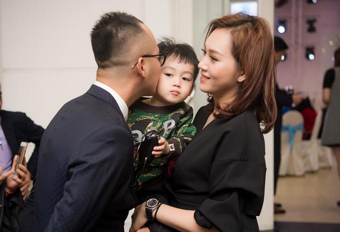 Với người đẹp gốc Hậu Giang, gia đình có vị trí quan trọng nhất trong cuộc sống. Vợ chồng cô dự định sẽsinh em bé thứ hai vào năm 2019.