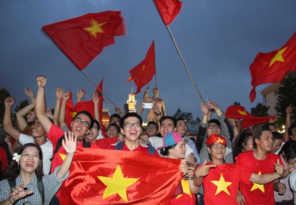 Phố đi bộ Nguyễn Huệ - Ảnh: VnExpress