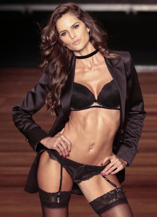 Izabel Goulart là chân dài nổi tiếng của nhãn hiệu nội y Victorias Secret