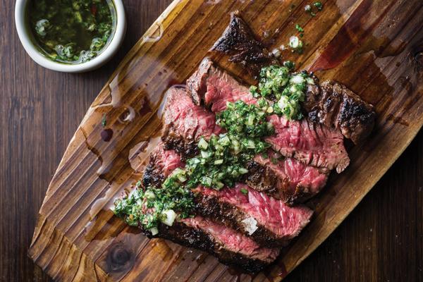 Chế độ ăn dư thừa protein có thể gây ra nhiều bệnh lý nguy hiểm.