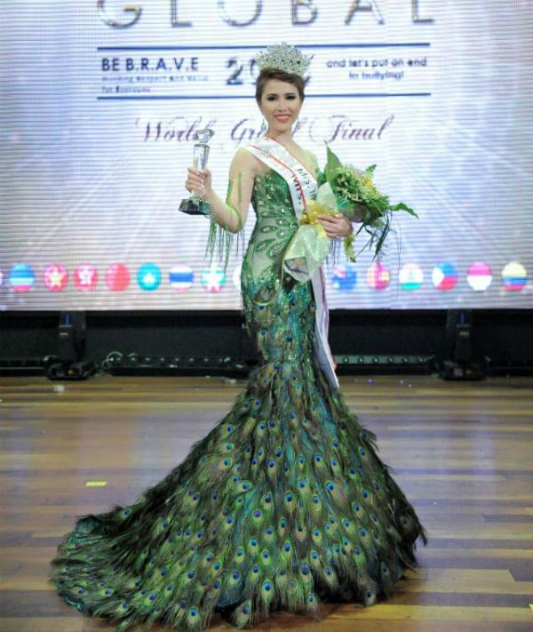 Vừa qua, nữ diễn viên, MC Hoàng Ny giành được ngôi vị cao nhất trong đêm chung kết của cuộc thi Mrs International Global2018 (Hoa hậu Toàn cầu thế giới 2018), tại Malaysia.