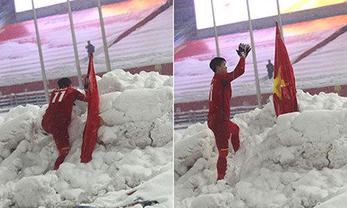 Duy Mạnh lần đầu tiết lộ về hành động cắm cờ trên tuyết