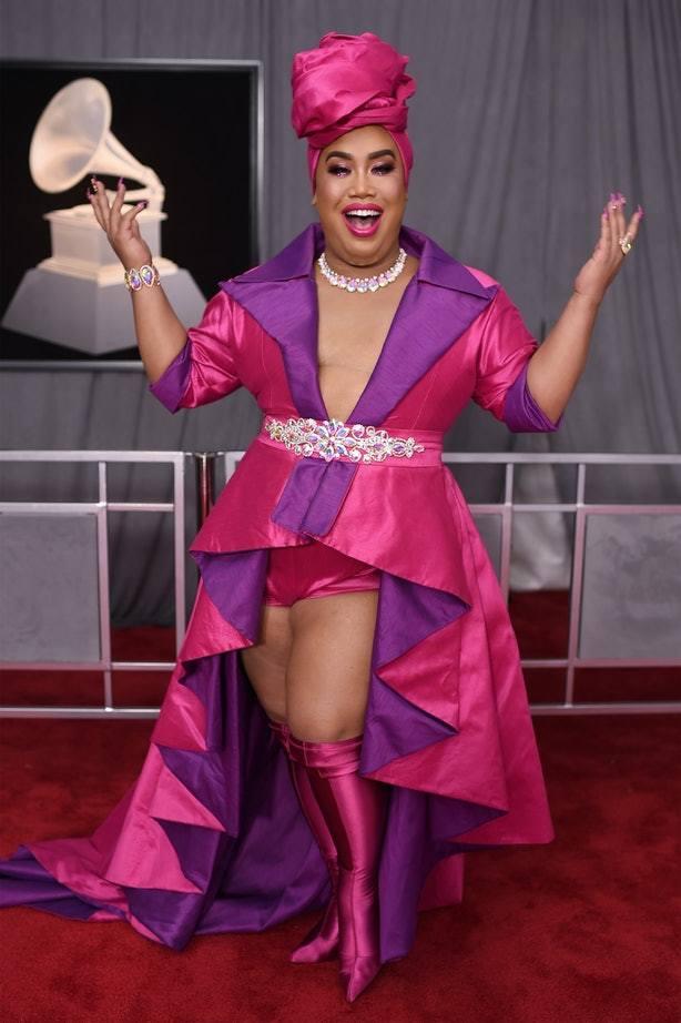 Loạt trang phục lòe loẹt tại Grammy 2018