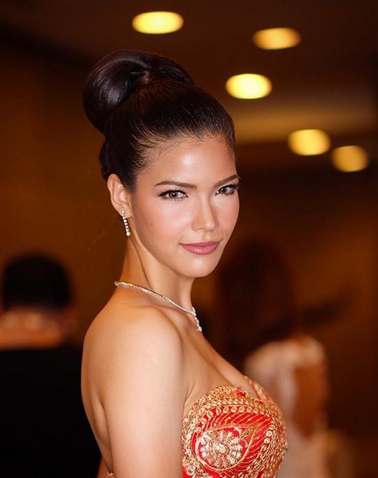 Vị trí thứ ba thuộc về Hoa hậu Trái đất Thái Lan, Paweensuda Drouin. Cô lọt vào Top 8 Miss Earth 2017 tổ chức tại Philippines vào tháng 11 năm ngoái.