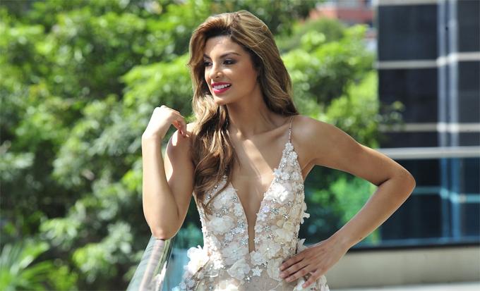 Nhan sắc tiếp theo là mỹ nhân người Colombia, Tica Martinez. Cô đoạt danh hiệu Á hậu 1 Hoa hậu Siêu quốc gia 2017.