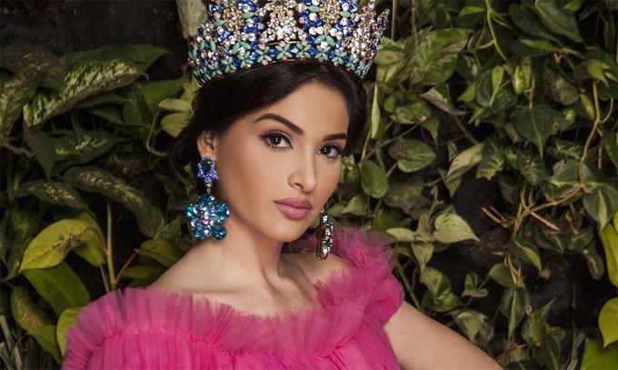 Vị trí số 6 thuộc về mỹ nhân Venezuela, Diana Croce. Cô là Á hậu 2 của cuộc thi Miss International 2017.