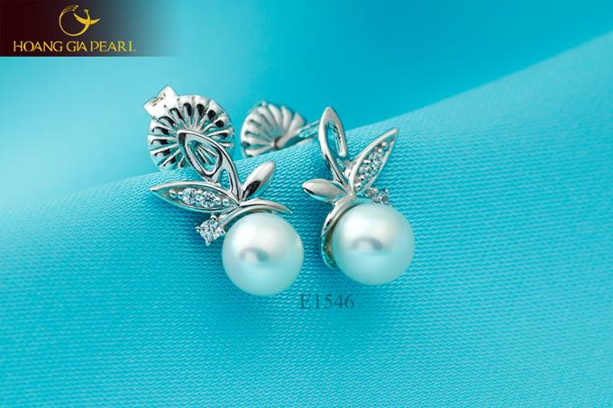 Sự uyển chuyển, mềm mại và độ khéo léo trong thiết kế giúp những kiểu dáng trang sức ngọc trai đa dạng và giàu ý nghĩa hơn.
