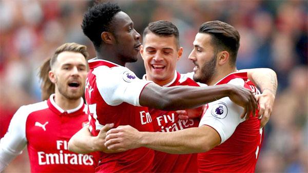 Các cầu thủ Arsenal đối mặt khủng hoảng đầu năm mới. Ảnh: NN.