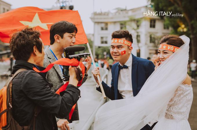 Bộ ảnh cưới chụp trong trận chung kết của U23 Việt Nam - 4