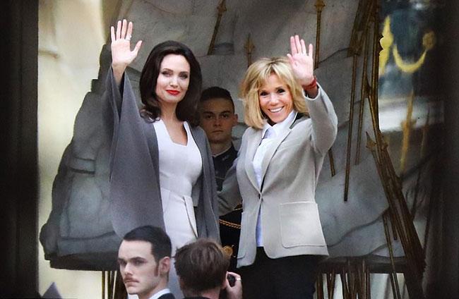 Minh tinh Hollywood có buổi trò chuyện riêng với Tổng thống và Phu nhân Pháp sau chuyến thăm của cô tới trại tị nạn người Syria ở Jordan hôm chủ nhật.