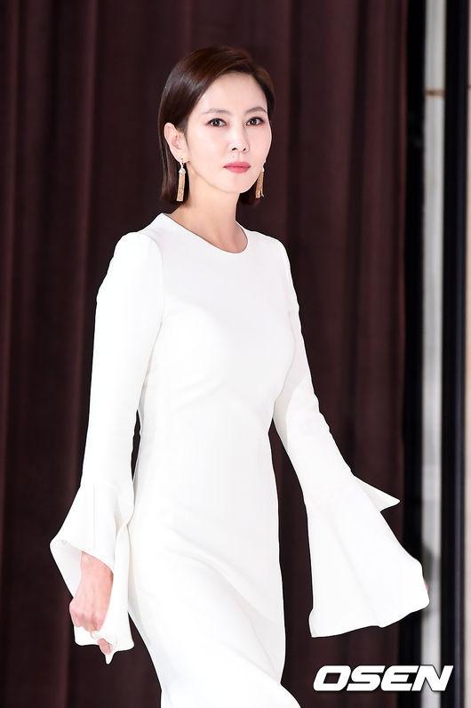 Chiều nay 31/1, Kim Nam Joo dự buổi họp báo ra mắt bộ phim mới Misty tạiAmris Hall, Times Square, Seoul. Tác phẩm đánh dấu sự trở lại màn ảnh nhỏ của Nữ hoàng quảng cáo thập niên 90 sau 6 năm vắng bóng.