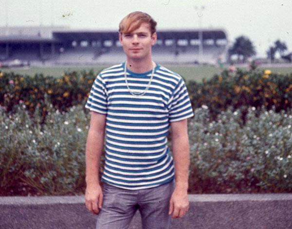Ông John Livesay khi còn phục vụ cho Không quân Mỹ ở Philippines cuối những năm 60, đầu 70.