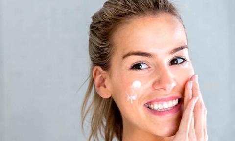 3 bước chăm sóc giúp da hết khô nẻ sau một phút