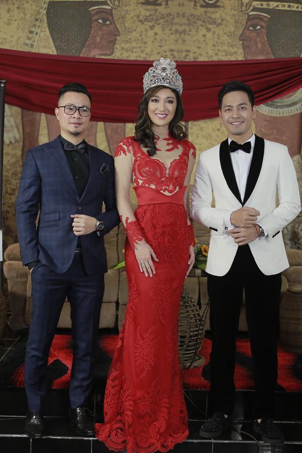 Hoa hậu Trái đất có nhan sắc gây tranh cãi sang Việt Nam dự sự kiện - 1