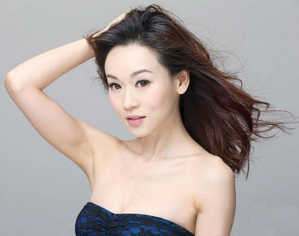 Nhan sắc Hoa hậu Hong Kong Dương Tư Kỳ.