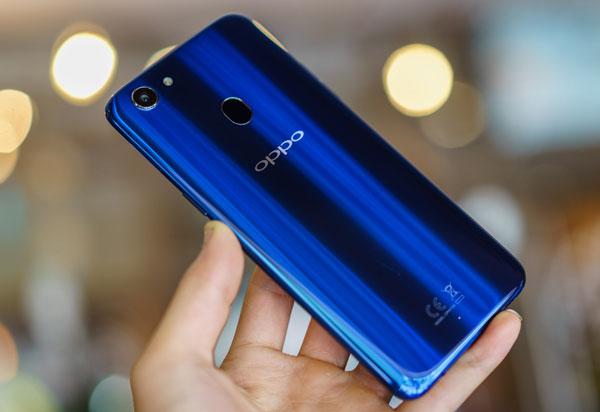 Smartphone F5 thêm phiên bản màu xanh, bán ra giới hạn