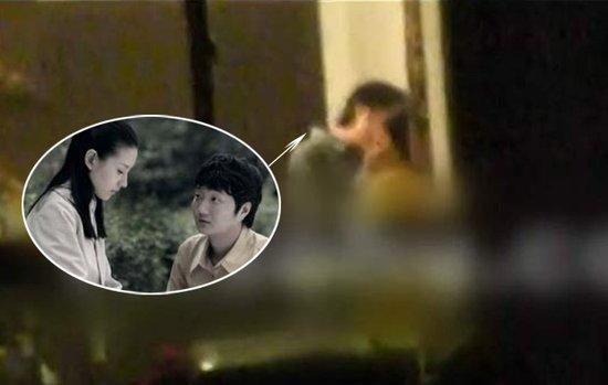 Đổng Khiết và VươngĐại Trị từngđi lại với nhau một thời gian, dù khiđó diễn viên Kim phấn thế gia chưa bỏ chồng.