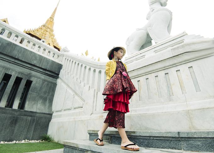 mau-nhi-viet-khoe-dang-cuon-hut-tai-bangkok-1