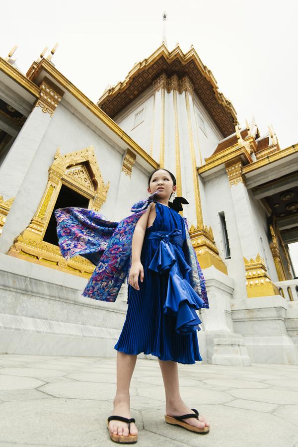 mau-nhi-viet-khoe-dang-cuon-hut-tai-bangkok-12